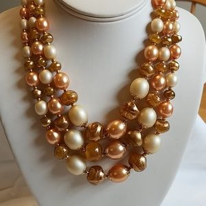 Vintage 1950s Classic Bead Necklace